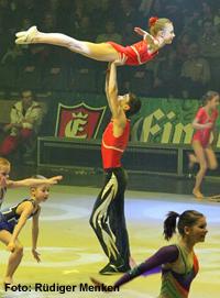 Sportakrobaten der Turngemeinde in Berlin