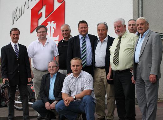 Das neugewählte Präsidium des DSAB mit Bundestrainer Vitcho Kolev und Ehrenmitglied Dr. Johannes Eismann