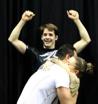 Nicolas Vleeshouwers und Laure de Pryck mit Trainer Sergey Tretyakov