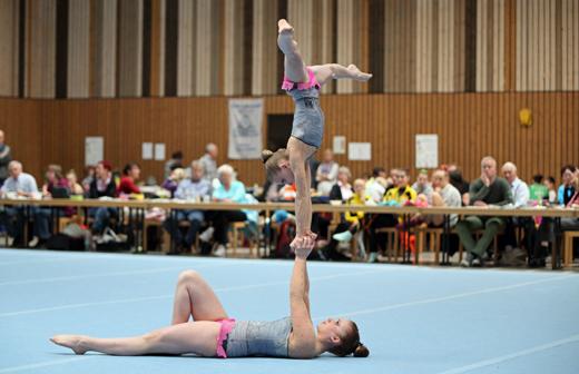Bei den Damenpaaren liegen nach der Qualifikation Celine Caro Bauder und Pia Seckler (Hofherrnweiler) weit vorn.